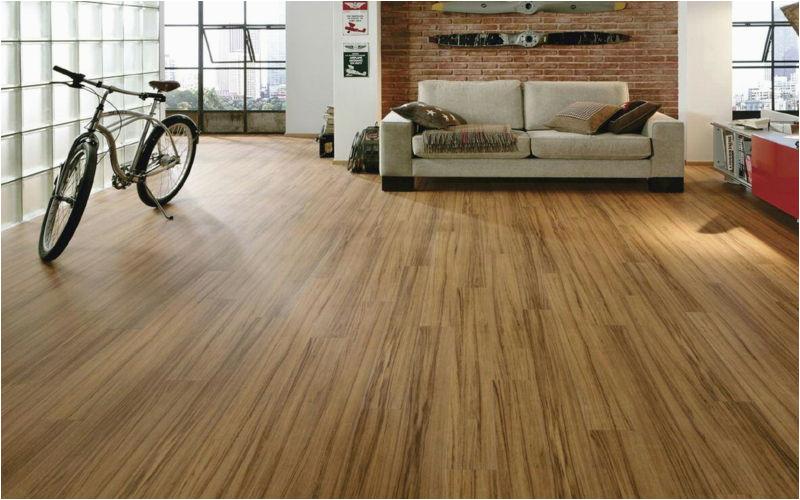 laminat verlegen bodenbel C3 A4ge wohnzimmer Holzboden