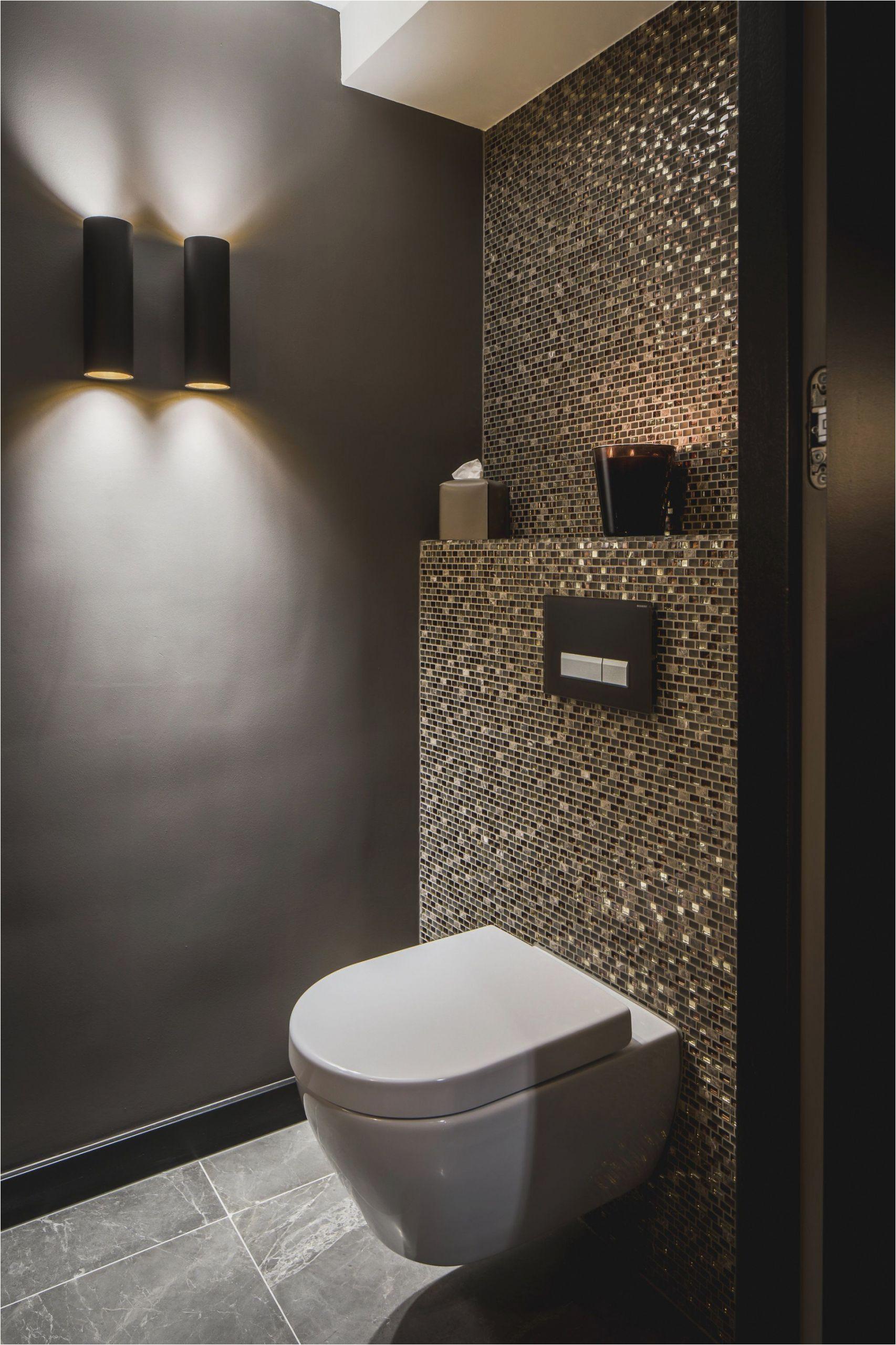 spiegel fur badezimmer beeindruckend toilette mit waschbecken temobardz home blog of spiegel fur badezimmer scaled