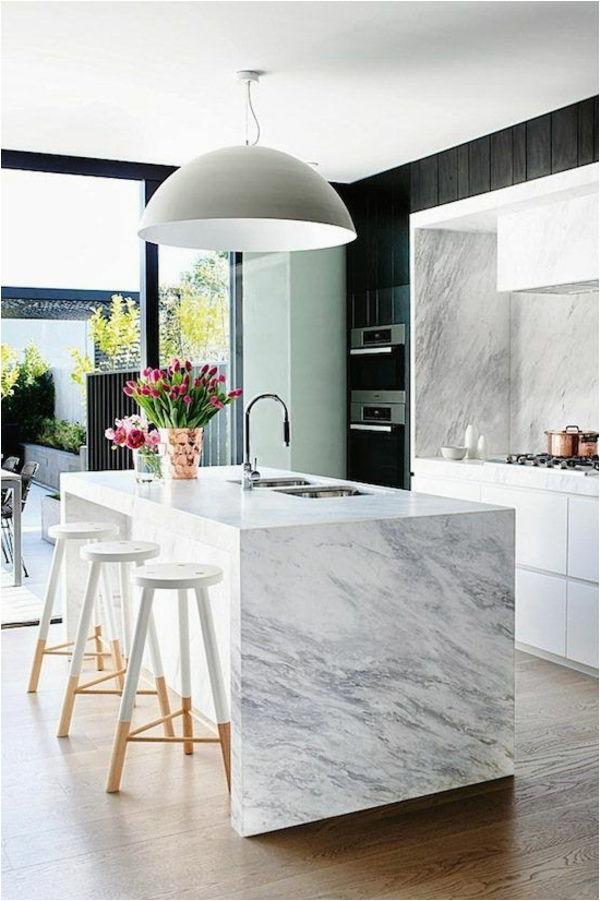 moderne k C3 BCchengestaltung weiß hochglanz marmor k C3 BCcheninsel