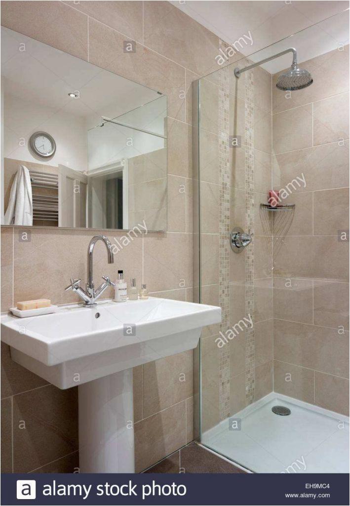 italienische fliesen bad frisch great pinkes badezimmer kommode badezimmer 0d of italienische fliesen bad 709x1024