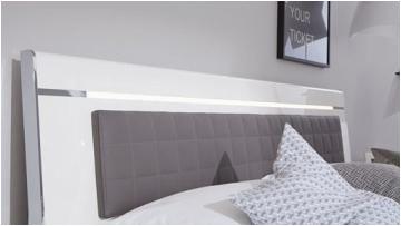 Küche Ideen Pinterest Wie Findet Ihr Das Bett Mit Einem Beleuchteten Kopfteil