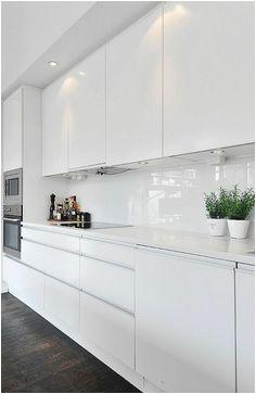 67e766e3e867c35ff3638bdf4b5788d4 modern white kitchens kitchen modern