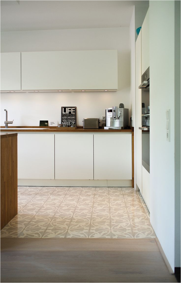 Küche Weiß Eiche Fliesen Kuche Grau