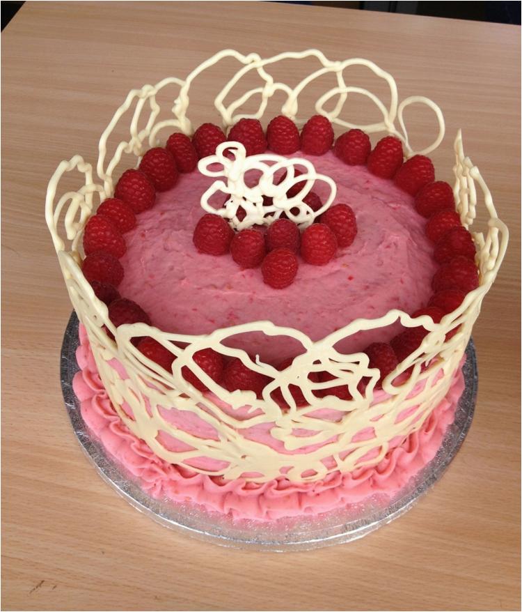 torte dekorieren schokolade