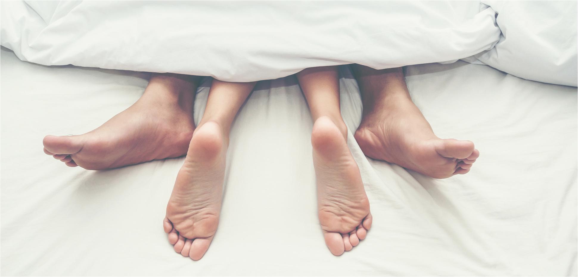 Spermaflecken entfernen Raus damit aus Bett Matratze und Co