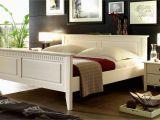 Aufstehhilfe Fürs Bett Wohnzimmer Ideen Weiß Beige