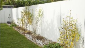 Betonwand Im Garten Gartenmauer Planen Bauen Und Tipps Mein Schöner Garten