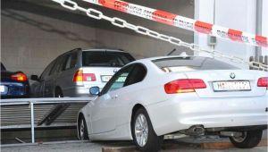 Bmw Alarmanlage Duplex Garage Unfall In Moosach Duplex Garage Zerquetscht Bmw Moosach