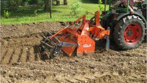 Garten Bodenfräse Gebraucht Gartenboden Mit Einer Bodenfräse Aufgelockert Und