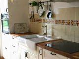 Küche Wasserhahn Tropft Fliesen Im Landhausstil