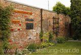 Steinmauer Im Garten Verschönern Alte Gartenmauer Verschonern
