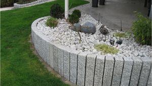 Steinsäulen Gartengestaltung Steinsäulen Als Terrassenbegrenzung