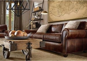 Wohnzimmer Antikes sofa Brown Leather sofa Large Map Over sofa Light Fiber Rug